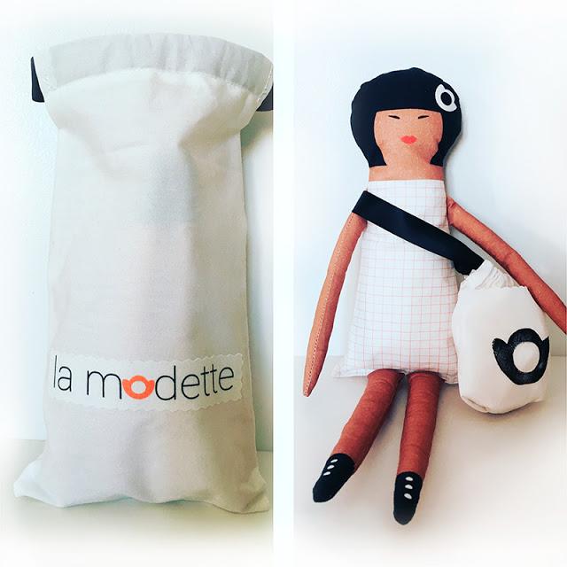 poupée Yoko La Modette avec sa pochette