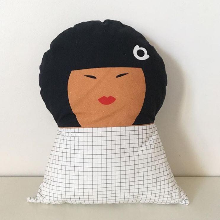 kit de couture coussin personnage Yoko de La Modette
